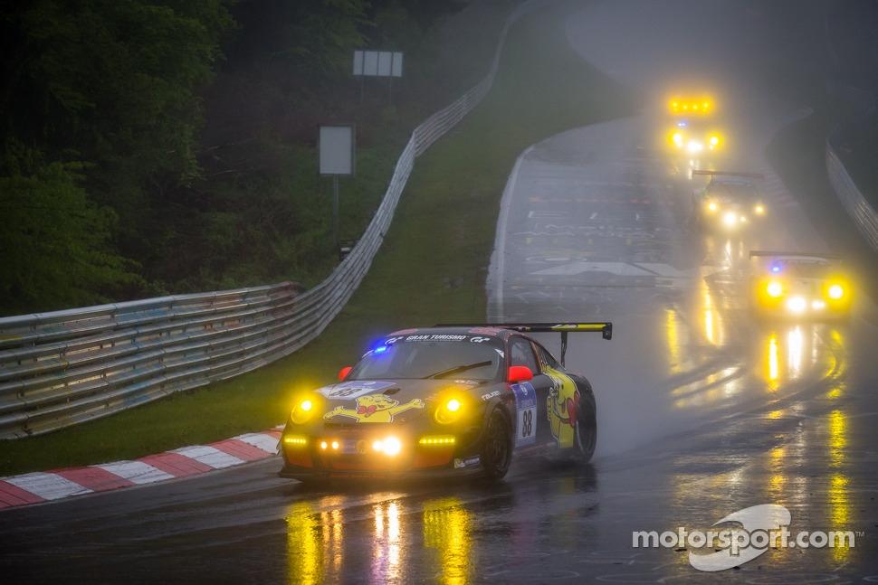 http://cdn-8.motorsport.com/static/img/mgl/1500000/1550000/1558000/1558900/1558948/s1_1.jpg
