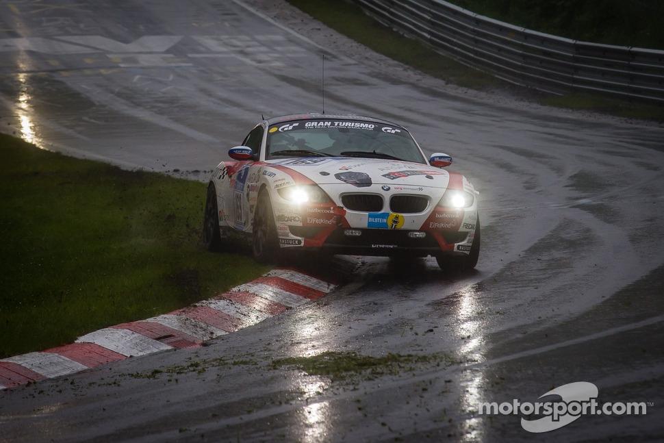 http://cdn-8.motorsport.com/static/img/mgl/1500000/1550000/1558000/1558900/1558958/s1_1.jpg