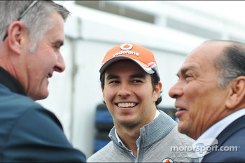 (L to R): Martin Donnelly, FIA Steward with Sergio Perez, McLaren and his father Antonio Perez