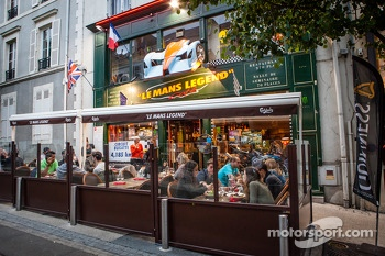 The famous 'Le Mans Legend Café' in downtown Le Mans