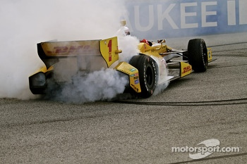 Race winner Ryan Hunter-Reay, Andretti Autosport Chevrolet celebrates