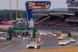 Race action suspended during long safety car period early in the reace