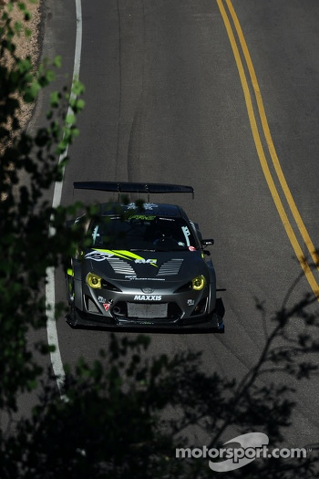 #86 Scion FR-S: Robert Walker