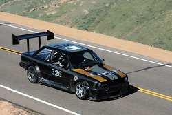 #326 BMW 325: Tim Hardy