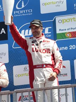 1st Yvan Muller, RML Chevrolet Cruze 1.6 T