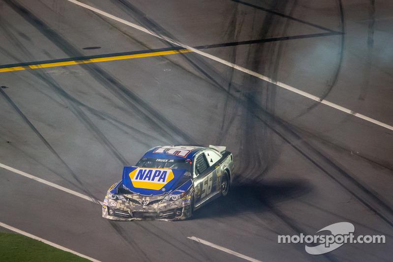 Martin Truex Jr., Michael Waltrip Racing Toyota after the crash