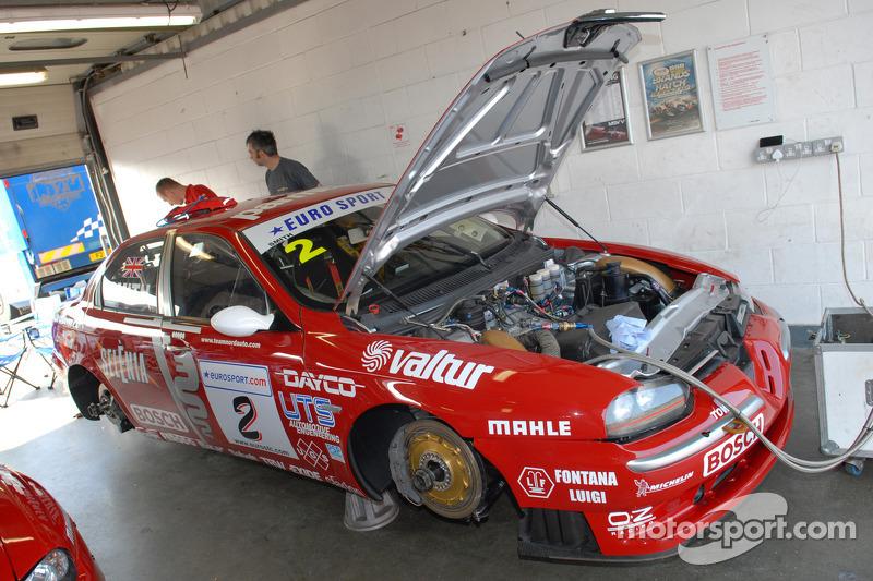 Alfa Romeo 156 Btcc Super Touring Car: Ex Stefano Modena 1998 Itallian Super Touring Alfa Romeo