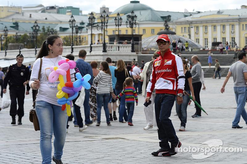 Kamui Kobayashi discovers Moscow