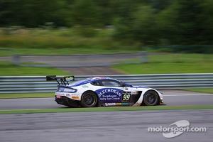 #99 Beechdean AMR Aston Martin Vantage GT3: Andrew Howard, Daniel Mckenzie, Jonny Adam, Stefan Mücke