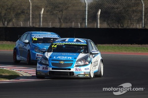 James Nash, Chevrolet Cruze 1.6 T, Bamboo Engineering and Jordi Oriola, SEAT Leon Copa, Tuenti Racing Team