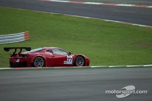 #77 AF Corse Ferrari 458 GT3: Andrea Bertolini, Michele Rugolo, Steve Wyatt