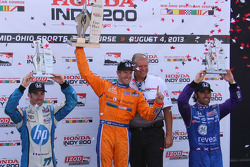 Race winner Charlie Kimball, Novo Nordisk Chip Ganassi Racing Honda