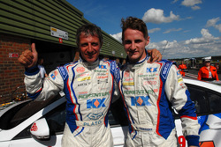 MG Duo Jason Plato and Sam Tordoff celebrate qualifying 1,2