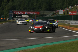 Pace lap; #0 Team WRT Audi R8 LMS Ultra: Niki Mayr-Melnhof, Rahel Frey, Matt Halliday