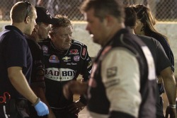 Steve Kinser recovers from massive crash