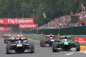 Jean-Eric Vergne, Scuderia Toro Rosso and Giedo van der Garde, Caterham battle for position