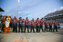 Carl Edwards' crew