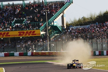 Sebastian Vettel, Red Bull Racing RB9 runs wide