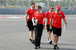Jules Bianchi, Marussia F1 Team walks the circuit with the team
