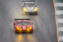 #62 Risi Competizione Ferrari F458 Italia: Olivier Beretta, Matteo Malucelli, Robin Liddell, #27 Dempsey Racing Porsche 911 GT3 Cup: Patrick Dempsey, Andy Lally, Joe Foster