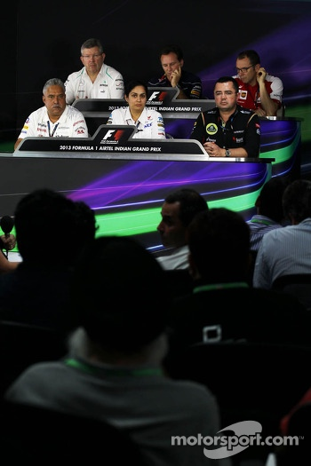 The FIA Press Conference, Ross Brawn, Mercedes AMG F1 Team Principal; Christian Horner, Red Bull Racing Team Principal; Stefano Domenicali, Ferrari General Director; Dr. Vijay Mallya, Sahara Force India F1 Team Owner; Monisha Kaltenborn, Sauber Team Princ