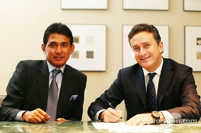 Aguri Suzuki with Alejandro Agag, co-founder of Formula E Championship