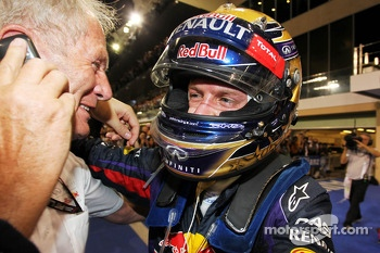 Race winner Sebastian Vettel, Red Bull Racing celebrates in parc ferme with Dr Helmut Marko, Red Bull Motorsport Consultant