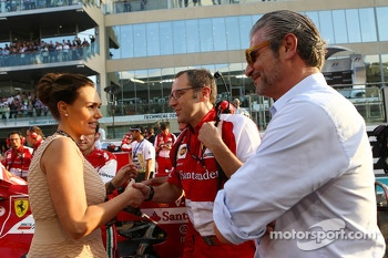 (L to R): Tamara Ecclestone, with Stefano Domenicali, Ferrari General Director and Maurizio Arrivabene, Marlboro Europe Brand Manager on the grid