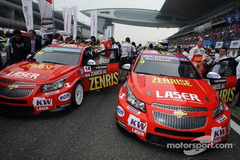 Alex MacDowall, Chevrolet Cruze 1.6T, bamboo-engineering and James Nash, Chevrolet Cruze 1.6 T, Bamboo Engineering