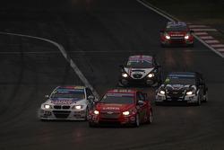 Alex MacDowall, Chevrolet Cruze 1.6T, bamboo-engineering and Franz Engstler, BMW E90 320 TC, Liqui Moly Team
