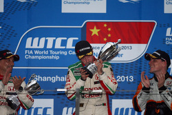 Tiago Monteiro, Honda Civic Super 2000 TC, Honda Racing Team Jas race winner