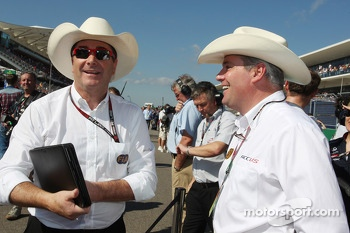 Nigel Mansell, (Left) FIA Steward