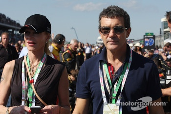 Antonio Banderas, Actor, on the grid