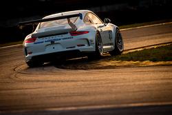 #18 Muehlner Motorsports America Porsche GT America: Randy Pobst, Kyle Marcelli
