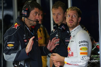 Sebastian Vettel, Red Bull Racing with Guillaume Rocquelin, Red Bull Racing Race Engineer