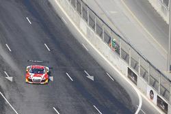 #5 Phoenix Racing Audi R8 LMS ultra: Enzo Ide, Markus Winkelhock