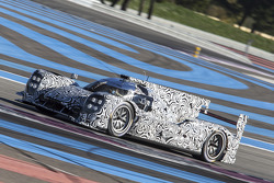 Porsche LMP1 testing at Paul Ricard Circuit