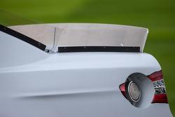 Rear spoiler detail