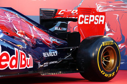 The new Scuderia Toro Rosso STR9 is unveiled: rear suspension and rear wing detail