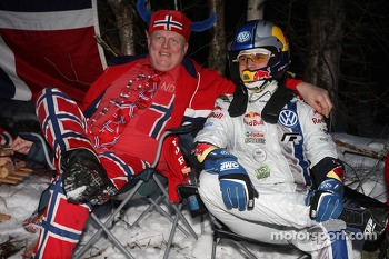 Andreas Mikkelsen with a fan