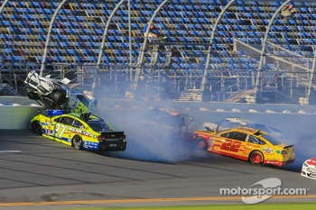 Huge wreck for Parker Kligerman