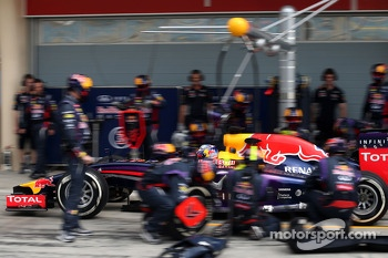 Daniel Ricciardo, Red Bull Racing during pitstop practice