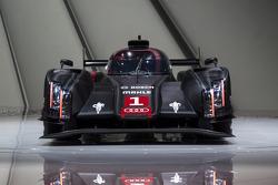 Audi R18 e-tron quattro launch