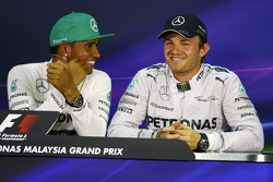 The post qualifying FIA Press Conference: Lewis Hamilton, Mercedes AMG F1, pole position; Nico Rosberg, Mercedes AMG F1, third