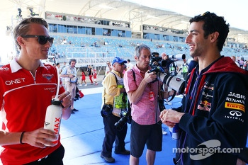 (L to R): Max Chilton, Marussia F1 Team with Daniel Ricciardo, Red Bull Racing