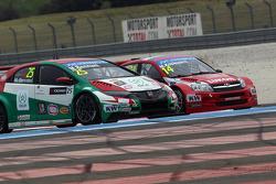 Mehdi Bennani, Honda Civic WTCC, Proteam Racing and Mikhail Kozlovskiy, LADA Granta 1.6T, LADA Sport Lukoil