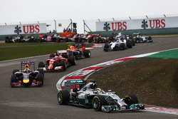 Lewis Hamilton, Mercedes AMG F1 W05 leads at the start of the race.
