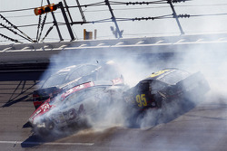 Crash for Joey Logano