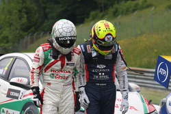 Gabriele Tarquini, Honda Civic WTCC, Castrol Honda WTCC Team and Tom Coronel, Chevrolet RML Cruze TC1, Roal Motorsport