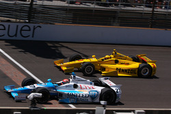 James Hinchcliffe, Andretti Autosport Honda and Helio Castroneves, Penske Racing Chevrolet